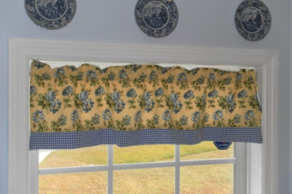 cottage curtains