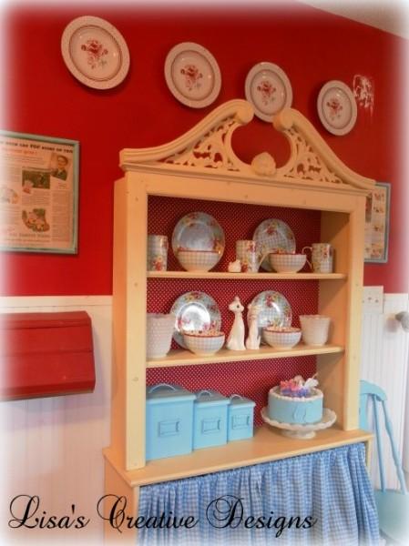 Decorating with plates - Decorating with plates in kitchen ...