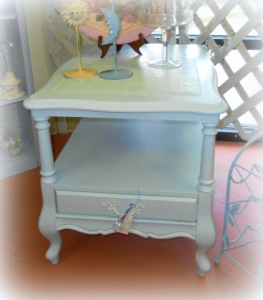 Roadside Find Shabby Chic Makeover by LisasCreativeDesigns.com
