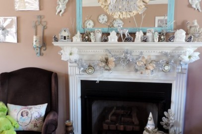 Easy DIY Christmas Wall Decor For Just Pennies