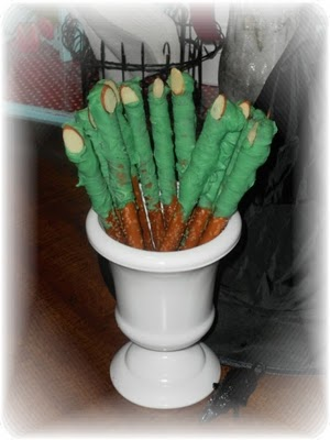 Wickedly Delicious Witch Finger Halloween Pretzels & Make Yourself At Home Monday