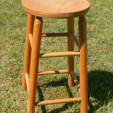 A Shabby To Chic Stool Makeover