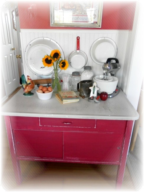 Vintage Hoosier Table Makeover