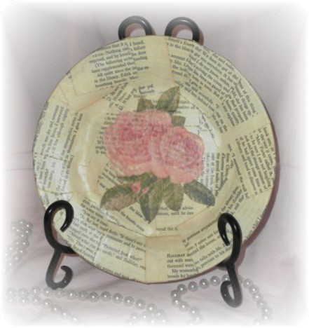 old book page rose plate