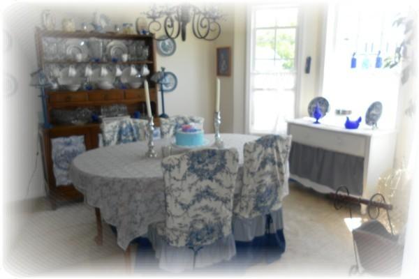 Toile diningroom