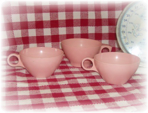 pink melmac cups