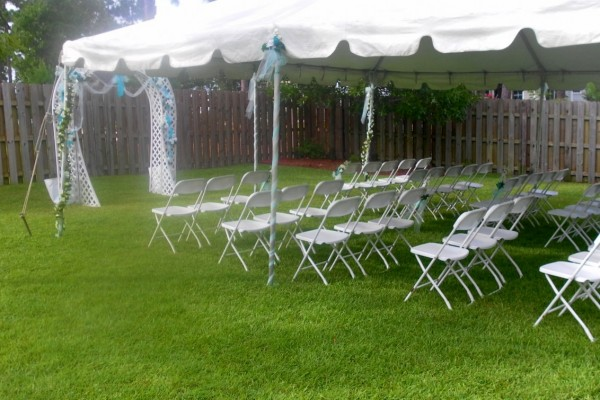 Decorating For A Summer Wedding