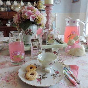 Shabby Chic Tea Party Tablescape