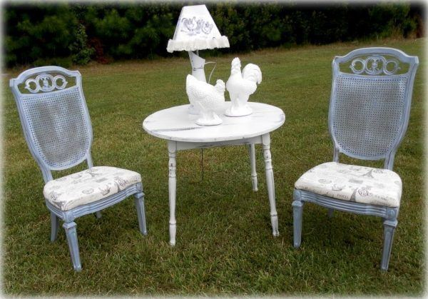country-french-table-and-chair-bistro-set-12