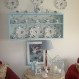 Decorating With Plates…A Budget Friendly Way To Spruce Up A Room