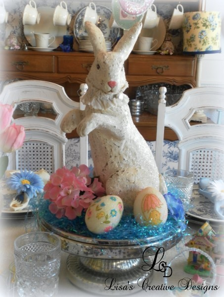 vintage style easter bunny