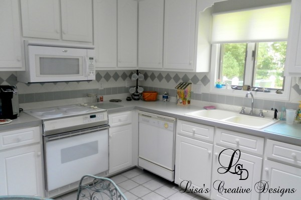 Boring Kitchen Before Staging