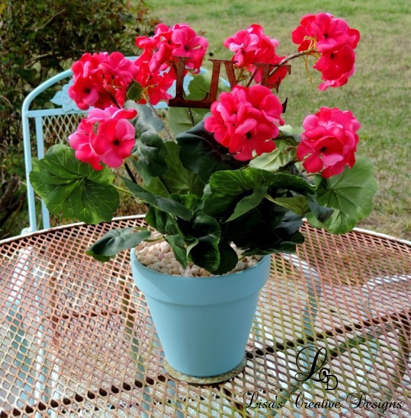faux potted geraniums