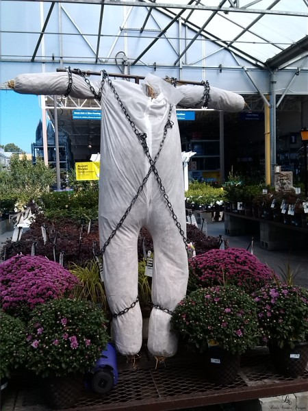 A Creative Halloween Scarecrow