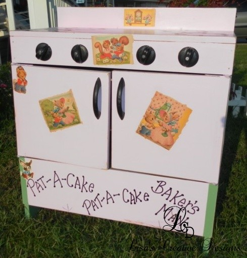Before and After: A Vintage Shabby Chic Toy Stove Makeover