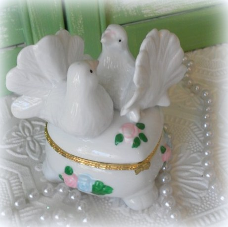 Vintage China Dove Trinket Box