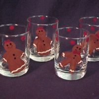 Hand Painted Gingerbread Men and Women Glasses