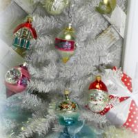Retro Vintage Christmas Tree Ornament Assortment