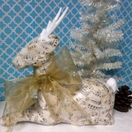 Shabby Chic Christmas Decor