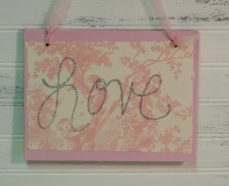 Shabby pink toile glittered love sign for Toile shabby chic