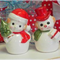Vintage Kitsch Snowman Salt and Pepper Shaker Set