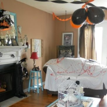 A Halloween Party Decorating Tip That's Creepy and Easy
