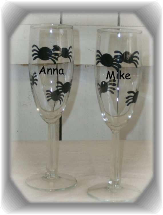Personalized Halloween Spider Champagne Flutes, Halloween Wedding Gift