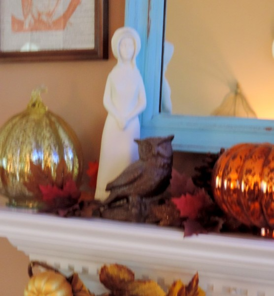 Owl Thanksgiving Inspired Mantle)