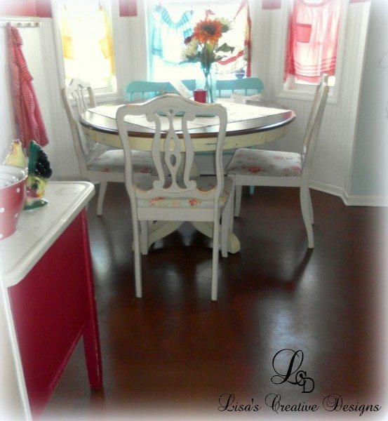 Yes You Can Paint An Old Laminate Floor Lisa S Creative