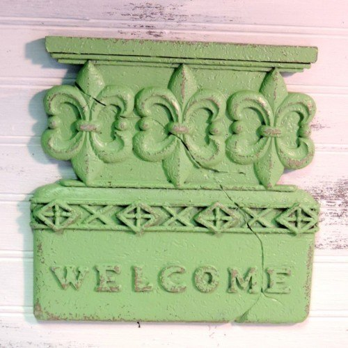 Country Cottage Green Painted Welcome Sign