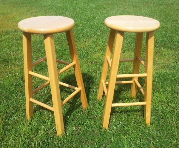 Ordinary Kitchen Stools Makeover