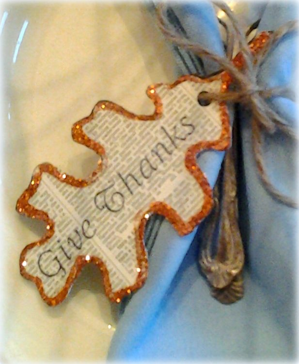 DIY Printable Instructions For Thanksgiving Leaf Cutout Napkin Tags