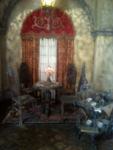 Disney's Spookiest Ride The Twilight Zone Tower Of Terror Mahjong Table