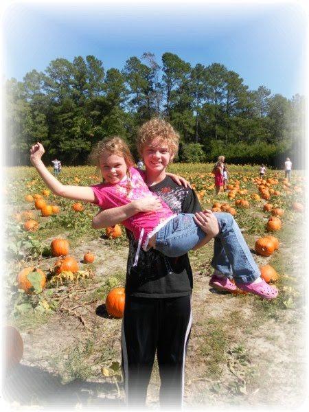 mikes-farm-pumpkin-patch