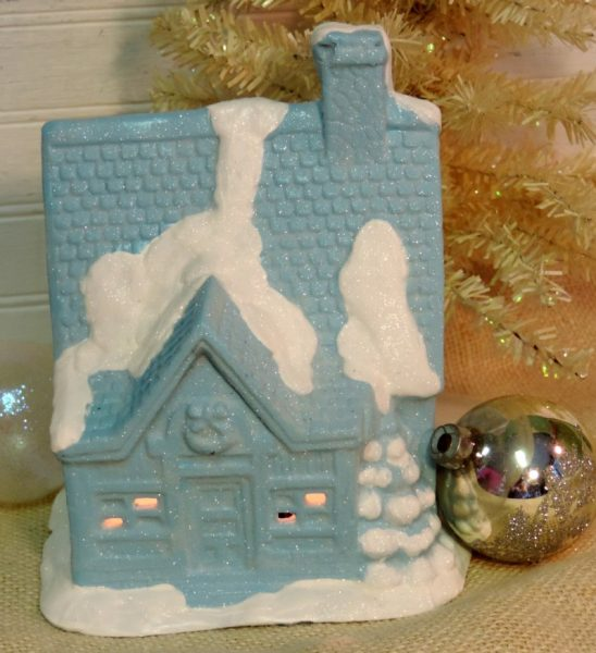 Shabby Chic Turquoise Christmas Cottage Decor