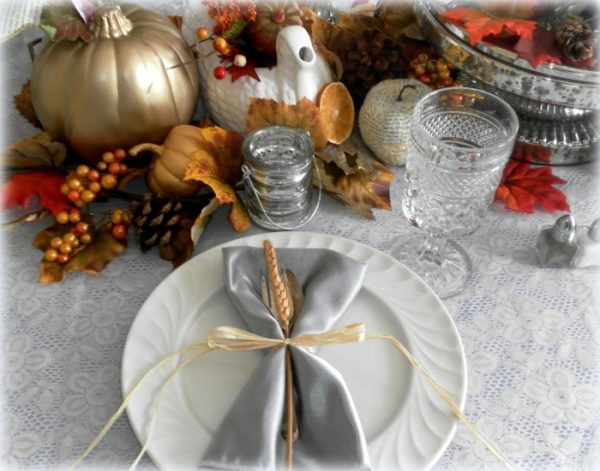 Pretty Thanksgiving Place Setting