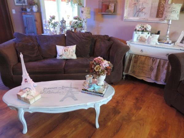 Paris Inspired French Provincial Coffee Table Makeover