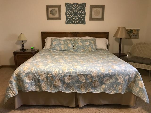 beach vacation home master bedroom makeover