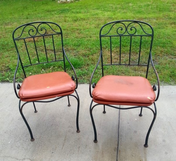 Thrift Store Outdoor Chairs Before Makeover