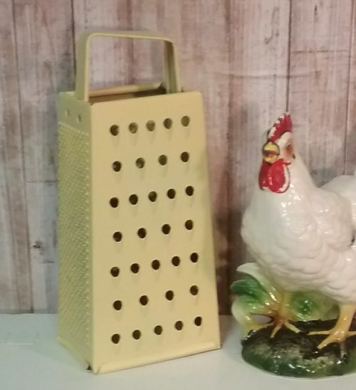 Decorative Yellow Vintage Cheese Grater Country Kitchen Decor