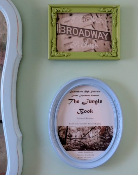Shabby Chic Bedroom Framed Theater Artwork