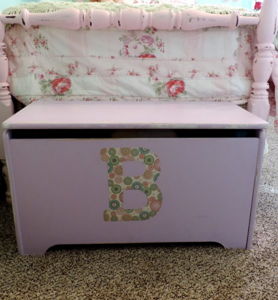 Shabby Chic Toy Box Blanket Chest makeover