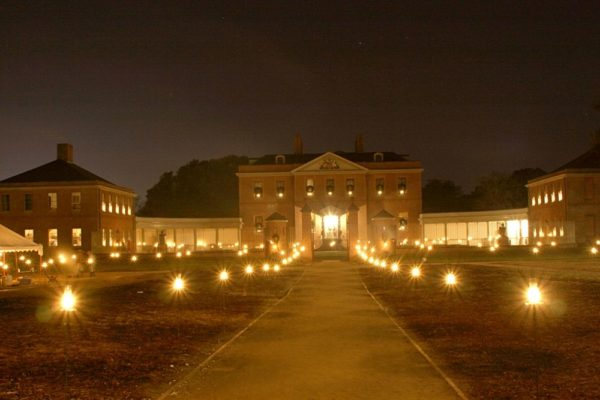 Tryon Palace Christmas Candlelight Tour