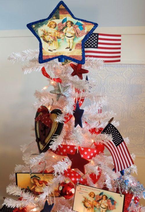 Patriotic Themed Christmas Tree